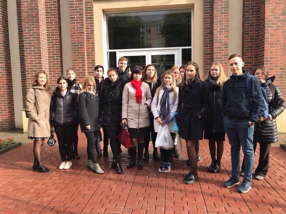 Учащиеся 11а класса посетили Калининградский областной суд, по программе профориентации старшеклассников