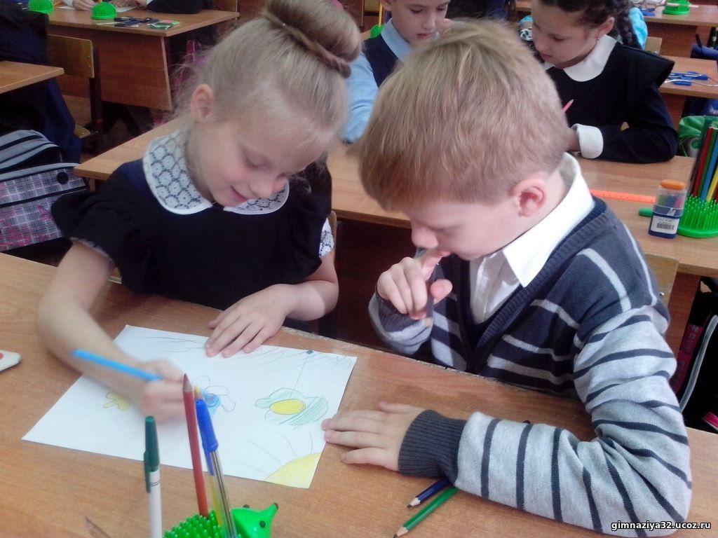 Занятия с психологом по программе модуля «Я – первоклассник» помогают малышам быстрее адаптироваться к школьной жизни